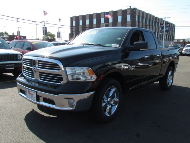 2017 Ram 1500 Quad Cab 4x4 Pickup #22121R-7 - photo 4