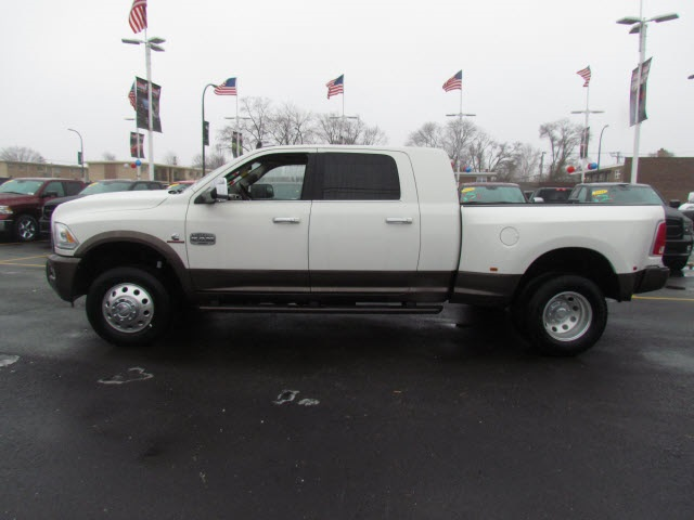 2018 Ram 3500 Mega Cab DRW 4x4, Pickup #6002R-8 - photo 7
