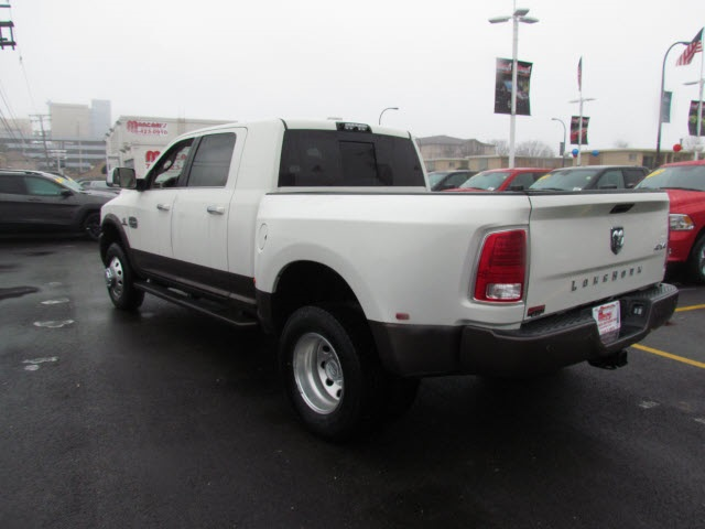 2018 Ram 3500 Mega Cab DRW 4x4, Pickup #6002R-8 - photo 5