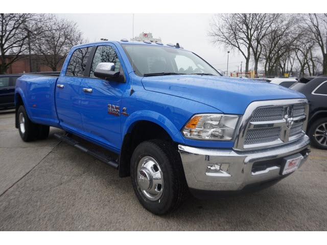 2018 Ram 3500 Crew Cab DRW 4x4, Pickup #6021R-8 - photo 5