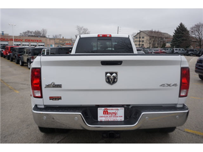 2018 Ram 3500 Crew Cab DRW 4x4, Pickup #6030R-8 - photo 8