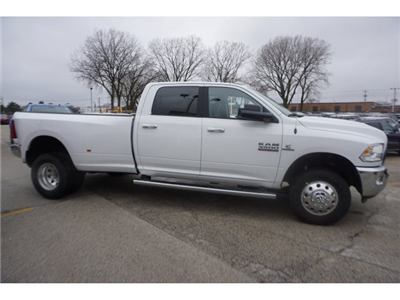 2018 Ram 3500 Crew Cab DRW 4x4, Pickup #6030R-8 - photo 9