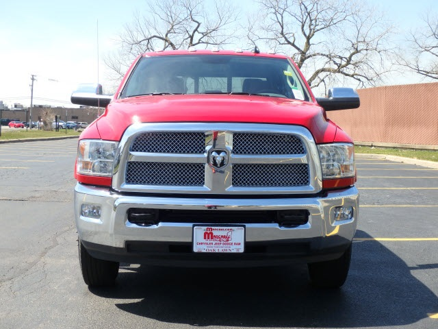 2018 Ram 3500 Crew Cab DRW 4x4,  Pickup #6032R-8 - photo 3