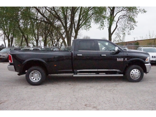 2017 Ram 3500 Crew Cab DRW 4x4, Pickup #66008R-7 - photo 8