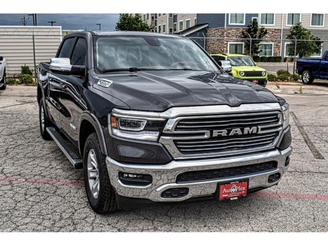 2019 Ram 1500 Crew Cab 4x2,  Pickup #KN770784 - photo 3