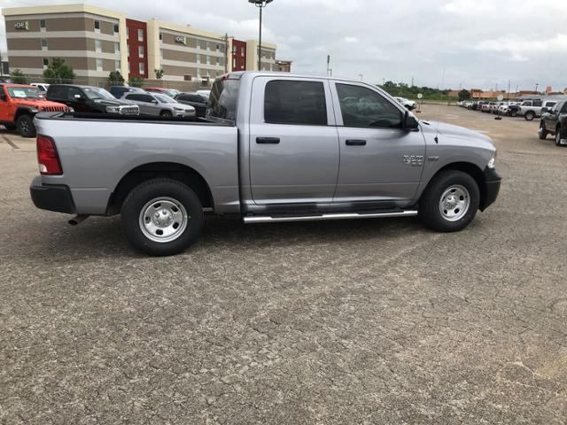2019 Ram 1500 Crew Cab 4x2,  Pickup #KS618064 - photo 10