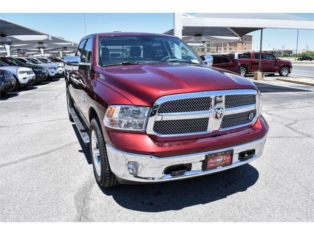 2019 Ram 1500 Crew Cab 4x2,  Pickup #KS626955 - photo 1
