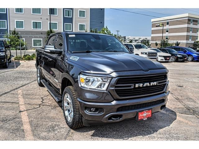 2020 Ram 1500 Crew Cab 4x4,  Pickup #LN103463 - photo 3