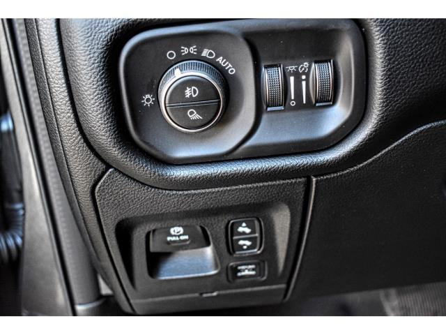 2020 Ram 1500 Crew Cab 4x4, Pickup #LN130614 - photo 15