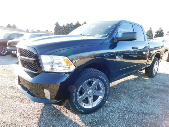 2018 Ram 1500 Quad Cab 4x4,  Pickup #418093 - photo 4
