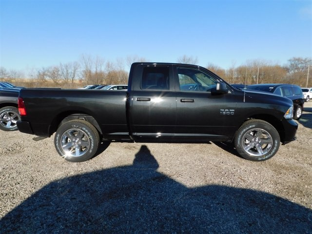 2018 Ram 1500 Quad Cab 4x4,  Pickup #418093 - photo 7