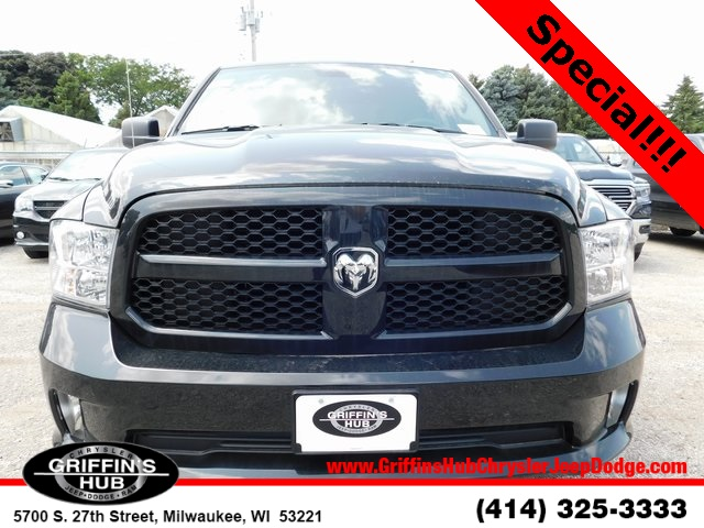 2018 Ram 1500 Quad Cab 4x4,  Pickup #418328 - photo 3
