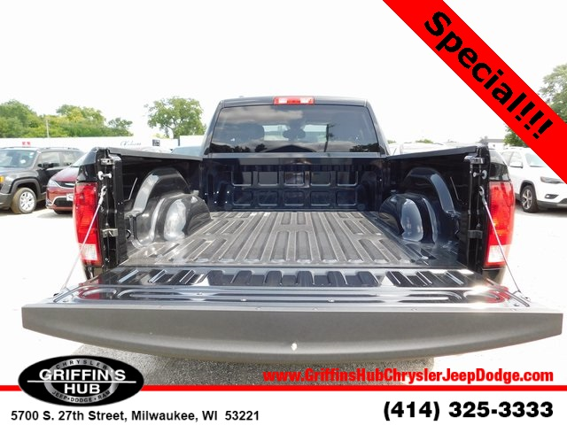 2018 Ram 1500 Quad Cab 4x4,  Pickup #418328 - photo 6