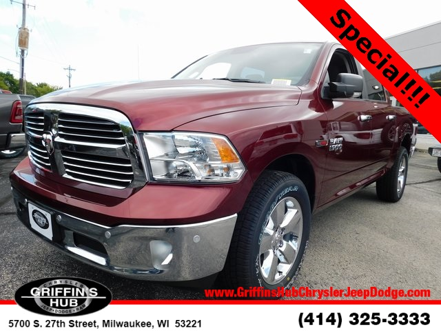 2018 Ram 1500 Crew Cab 4x4,  Pickup #418470 - photo 4