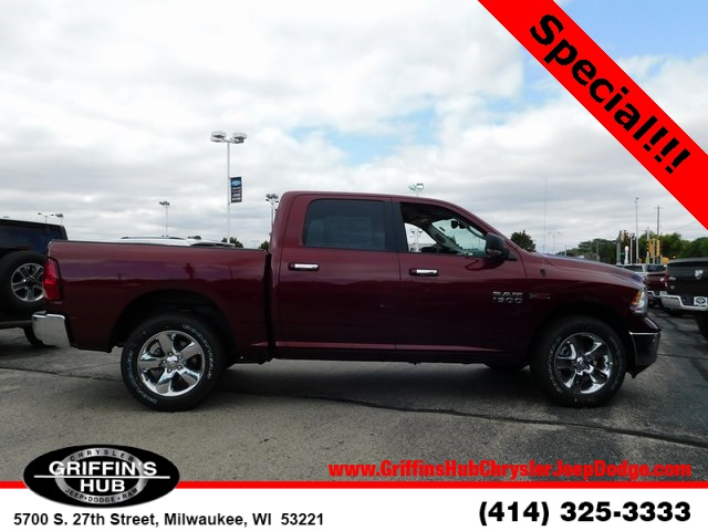 2018 Ram 1500 Crew Cab 4x4,  Pickup #418470 - photo 8