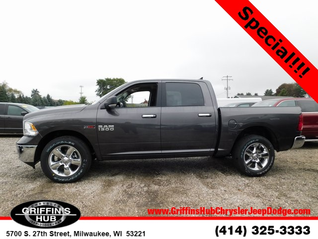 2018 Ram 1500 Crew Cab 4x4,  Pickup #418476 - photo 5