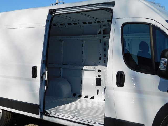 2018 ProMaster 2500 High Roof FWD,  Empty Cargo Van #418502 - photo 10