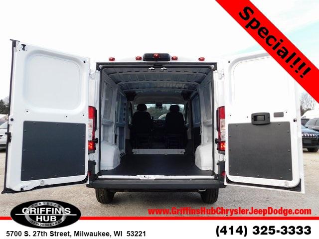 2018 ProMaster 1500 Standard Roof FWD,  Empty Cargo Van #418511 - photo 2