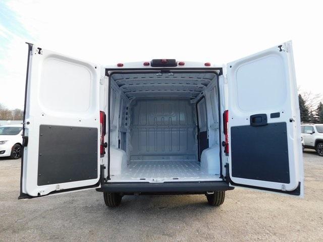 2018 ProMaster 1500 Standard Roof FWD,  Empty Cargo Van #418529 - photo 2