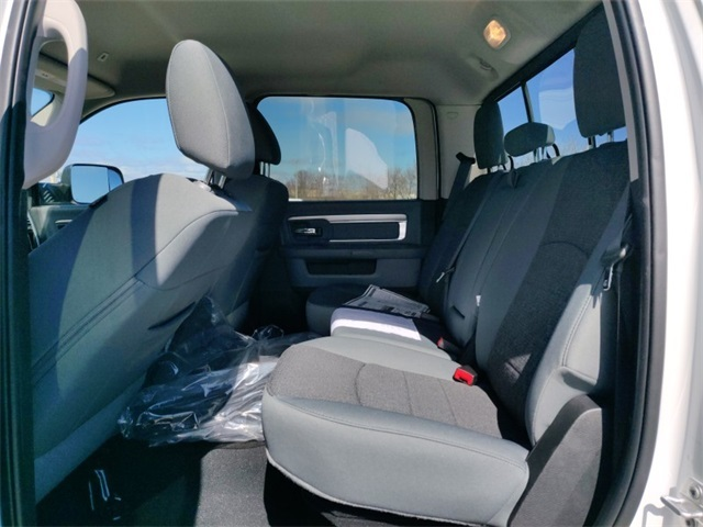 2018 Ram 2500 Crew Cab 4x4,  Pickup #418619 - photo 9