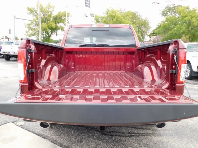 2019 Ram 1500 Crew Cab 4x4,  Pickup #419039 - photo 6