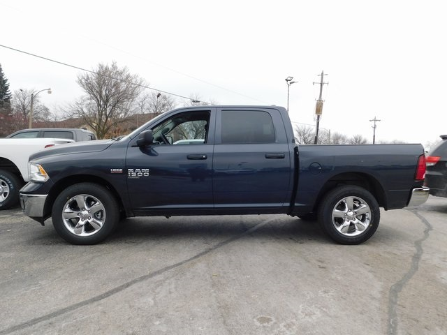 2019 Ram 1500 Crew Cab 4x4,  Pickup #419050 - photo 5