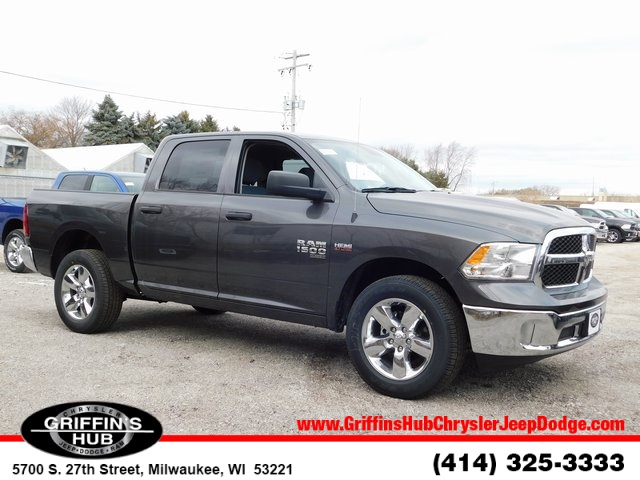 2019 Ram 1500 Crew Cab 4x4,  Pickup #419051 - photo 1
