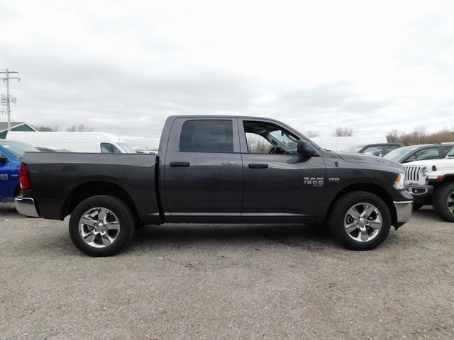 2019 Ram 1500 Crew Cab 4x4,  Pickup #419051 - photo 7