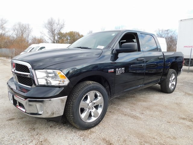 2019 Ram 1500 Crew Cab 4x4,  Pickup #419058 - photo 4