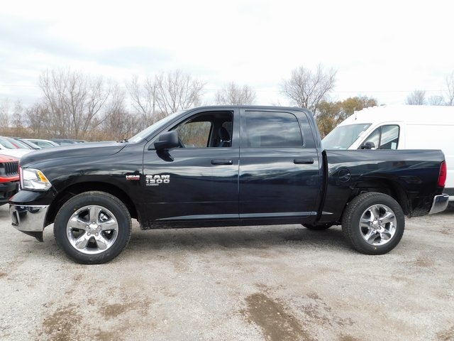 2019 Ram 1500 Crew Cab 4x4,  Pickup #419058 - photo 5