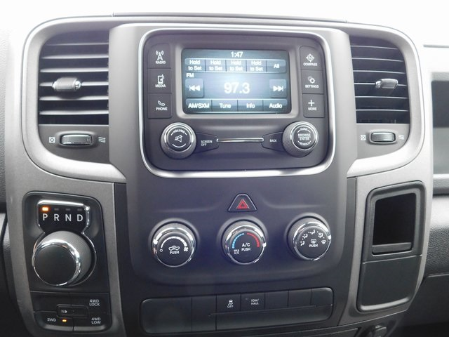2019 Ram 1500 Crew Cab 4x4,  Pickup #419060 - photo 16