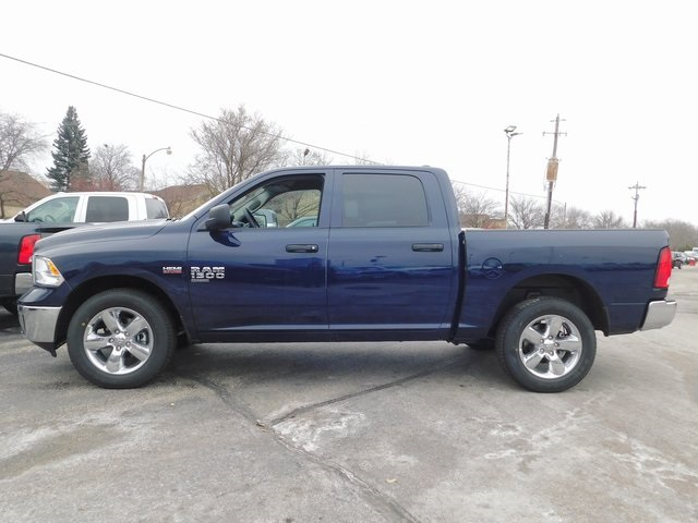 2019 Ram 1500 Crew Cab 4x4,  Pickup #419060 - photo 5