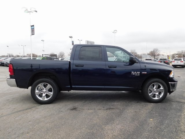 2019 Ram 1500 Crew Cab 4x4,  Pickup #419060 - photo 7