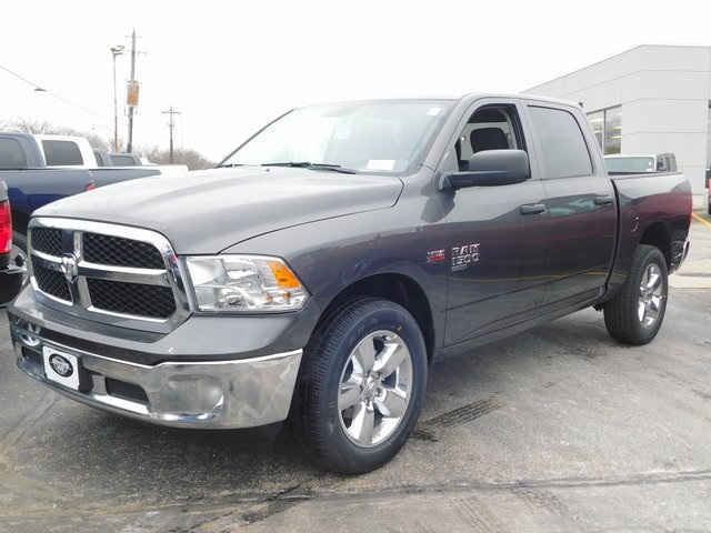 2019 Ram 1500 Crew Cab 4x4,  Pickup #419064 - photo 4