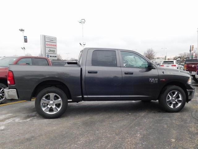 2019 Ram 1500 Crew Cab 4x4,  Pickup #419064 - photo 7