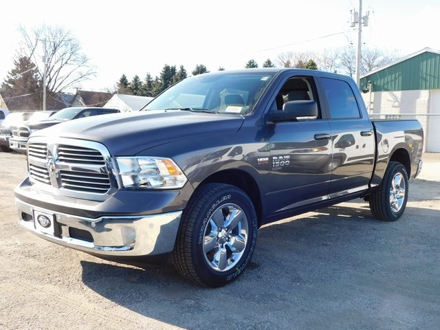 2019 Ram 1500 Crew Cab 4x4,  Pickup #419080 - photo 4