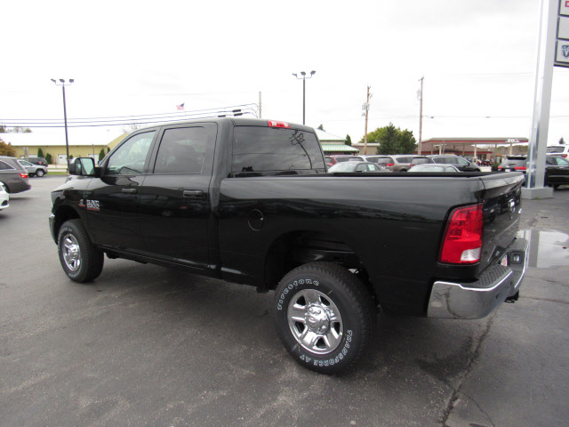 2018 Ram 2500 Crew Cab 4x4, Pickup #38027 - photo 2
