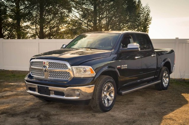 2017 Ram 1500 Crew Cab 4x4, Pickup #DXJ0236 - photo 1
