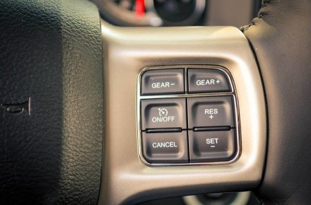 2017 Ram 1500 Crew Cab 4x4, Pickup #DXJ0236 - photo 23