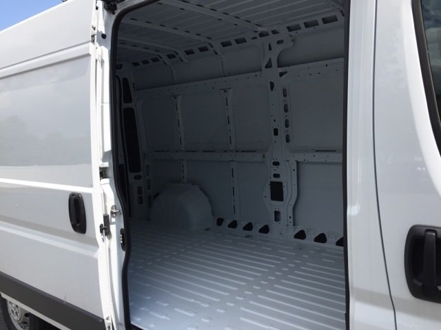 2018 ProMaster 2500 High Roof FWD,  Empty Cargo Van #DXJ0665 - photo 4