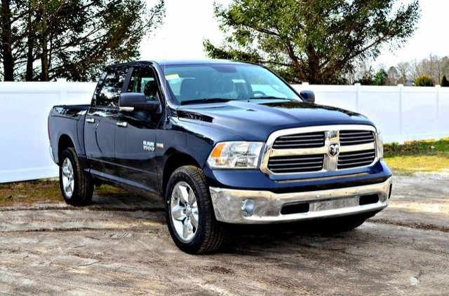 2017 Ram 1500 Crew Cab 4x4, Pickup #J7325 - photo 4