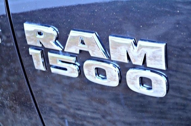 2017 Ram 1500 Crew Cab 4x4, Pickup #J7325 - photo 6