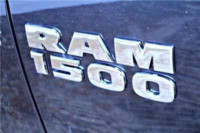 2017 Ram 1500 Crew Cab 4x4 Pickup #J7325 - photo 6