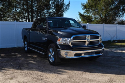 2017 Ram 1500 Crew Cab 4x4 Pickup #J7345 - photo 4