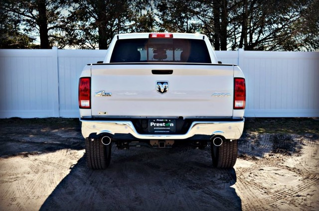 2017 Ram 1500 Crew Cab 4x4 Pickup #J7357 - photo 2