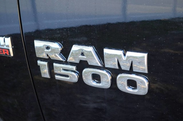 2017 Ram 1500 Crew Cab 4x4, Pickup #J7365 - photo 9