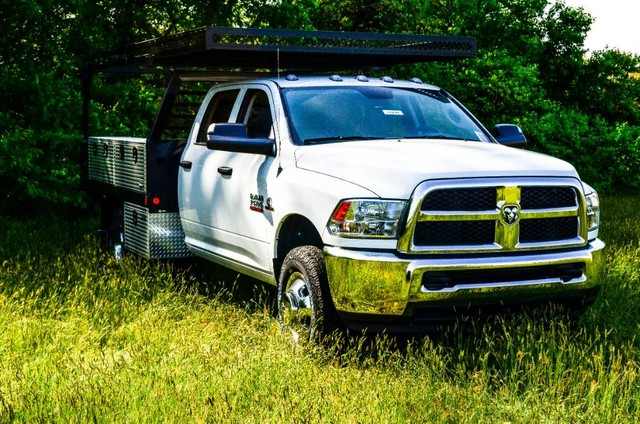 2017 Ram 3500 Crew Cab DRW 4x4, Freedom Contractor Body #J7379 - photo 4