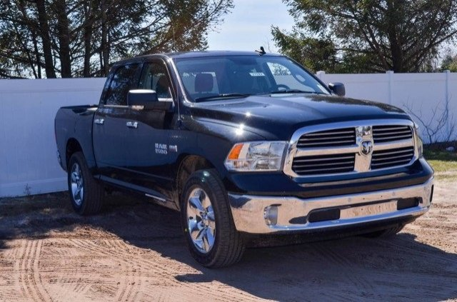 2017 Ram 1500 Crew Cab 4x4, Pickup #J7382 - photo 4