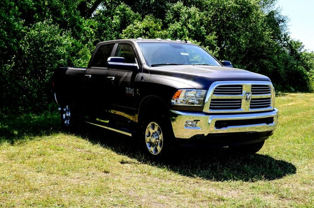 2017 Ram 3500 Crew Cab 4x4 Pickup #J7411 - photo 4