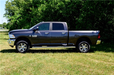 2017 Ram 3500 Crew Cab 4x4 Pickup #J7411 - photo 5